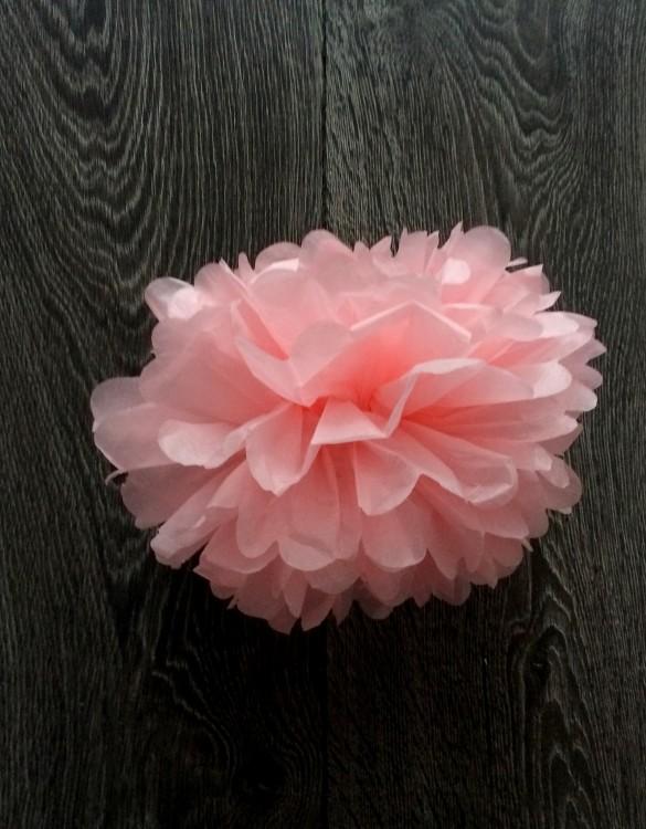 Cukrowy Butik_Papierowy pompon jasny różowy