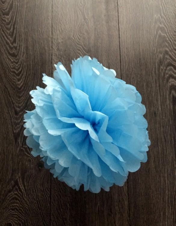 Cukrowy Butik_Papierowy pompon niebieski