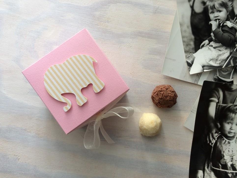 Cukrowy Butik_Minibombonierka Miss Kropeczka słonik